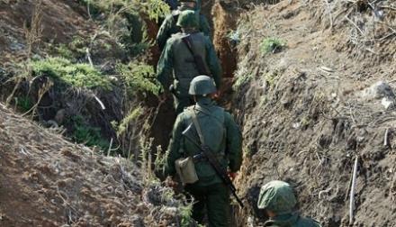 «Дырявая» оборона. Оккупанты надеются удержать фронт массовым «героизмом» и артиллерией