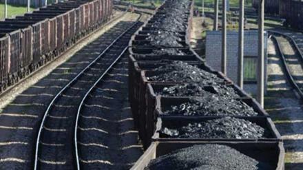 Россия вывозит уголь с оккупированного Донбасса