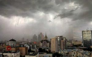 Кара небесная. Убийственный ураган пронесся по Москве: 14 погибших, 168 раненых (+видео)